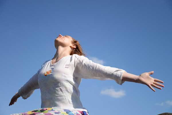 Céline Miconnet - formation de professeur de yoga certifiées yoga Alliance - Fondatrice du Green Yoga