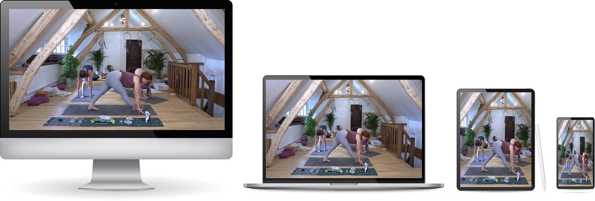 formation-yoga-initiale-en-ligne-smartphone-tablette-ordi