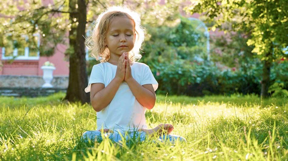 Formation-yoga-enfants-jeune-public-en-ligne-à-distance-devenir-prof-yoga-enfant-2